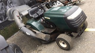 2002 CRAFTMAN Riding mower with bagging system