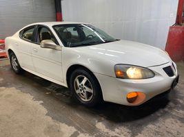 2004 Pontiac GRAND-PRIX