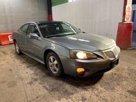 2005 Pontiac GRAND-PRIX