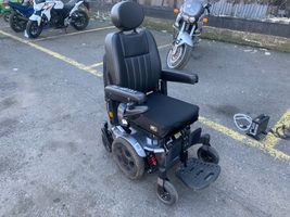 2019 PULSE ELECTRIC WHEELCHAIR